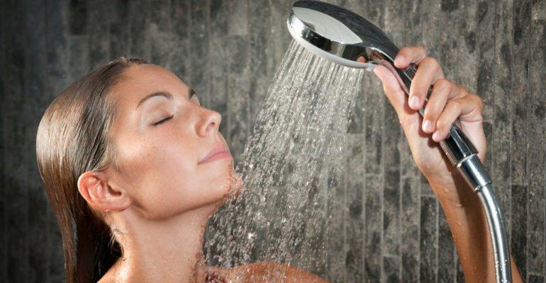 контрастный душ полезен