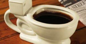 Почему после кофе хочется в туалет: причины
