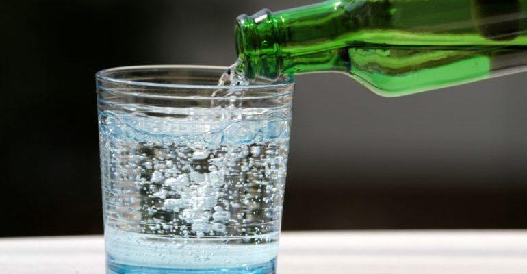почему хочется минеральной воды с газом