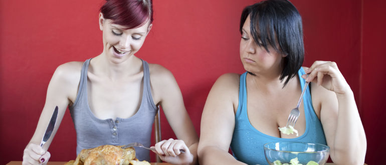 Как начать меньше кушать